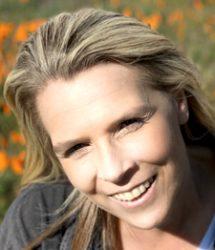Christie Cox headshot